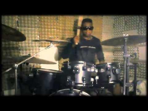 Vitória   Raiz Coral Drum Cover